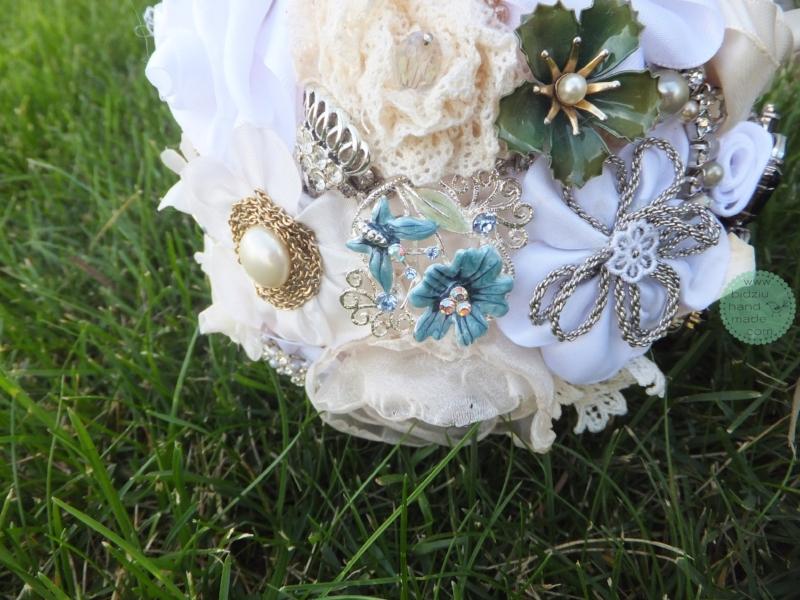 handmade brooch bouquet, custom made brooch bouquet, fabric flower bouquet, bridal bouquet, custom made wedding accessories, handmade wedding accessories, bridal accessories, brooch bouquet, bridal brooch bouquet, bridal bouquet, bidziu handmade
