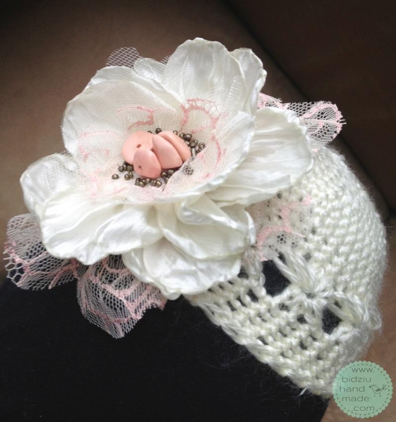 handmade baby hats, crochet hat, adorable baby crochet hat, hand made stylish crochet hats, crochet hats with big flower, bidziu handmade, bidziu hand made