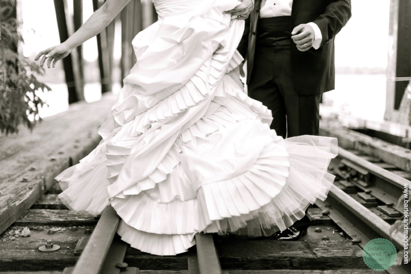 DIY wedding gown, DIY bridal dress, handmade wedding gown, handmade wedding dress, satin wedding gown, wedding gown with ruffles, modern wedding gown, handmade modern wedding gown, stylish wedding gown, stylish wedding dress, DIY wedding, handmade wedding, thrifty wedding, beautiful wedding dress, beautiful wedding gown, bodziu handmade, bidziu handmade