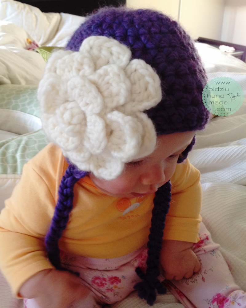 DIY crochet hat, crochet hat, stylish crochet hat, girls' crochet hat, purple hat, purple crochet hat, adorable crochet hat, crochet hat with flower, handmade crochet hat, bidziu handmade, bidziu hand made