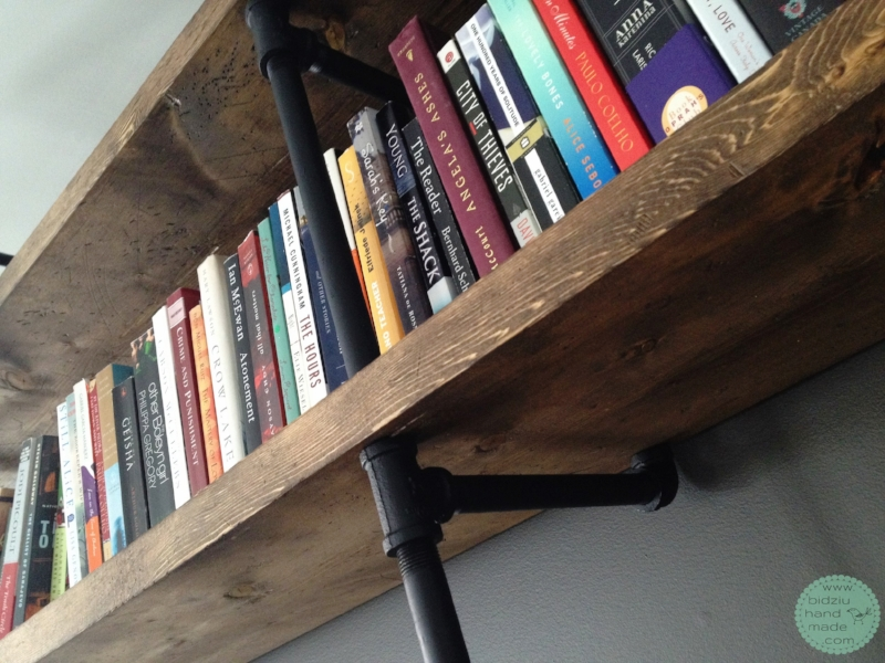 Industrial pipe shelving, DIY industrial pipe project, DIY pipe shelf unit, DIY unique home decor, DIY pipe shelving unit, modern home design, modern home decor ideas, industrial home decor ideas, DIY home decor, bidziu handmade, bidziu hand made