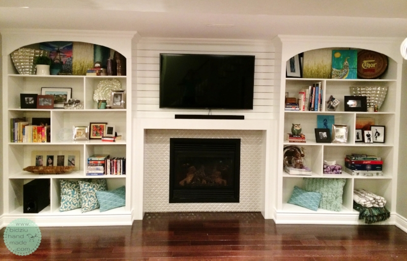 DIY built-in shelving unit, DIY built-ins, DIY built-ins around fireplace, DIY fireplace facelift, DIY basement reno, DIY basement project, DIY fireplace reno, build your own shelving unit, DIY custom made built in shelves, DIY custom built-ins, custom built-ins, DIY crown moulding installation, build your own shelves, fireplace facelift, fireplace renovation, bidziu handmade, bidziu hand made