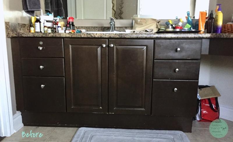 DIY bathroom, bathroom update, how to update outdated bathroom, bathroom renovation, DIY bathroom update, master ensuite update, master ensuite renovation, modernizing a bathroom, bathroom paint colours, turquoise bathroom, turquoise and beige bathroom, turquoise and gray bathroom, turquoise and grey bathroom, beige and turquoise bathroom, grey bathroom, gray bathroom, DIY bathroom update, cheap bathroom update, thrifty bathroom, how to make a bathroom modern, modern bathroom decor, modern bathroom decoration, bathroom decor, modern home, how to update bathroom to sell a house, selling a house, how to prepare a house for sale, how to prepare a home for sale, how to paint bathroom cabinets, how to paint cabinets, how to update a vanity light, vanity light update, vanity light upcycling, upcycled vanity light, modernized bathroom light, bathroom light DIY, vanity light DIY, bidziu handmade, bidziuhandmade