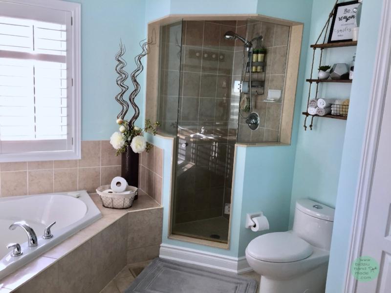DIY bathroom, bathroom update, how to update outdated bathroom, bathroom renovation, DIY bathroom update, master ensuite update, master ensuite renovation, modernizing a bathroom, bathroom paint colours, turquoise bathroom, turquoise and beige bathroom, turquoise and gray bathroom, turquoise and grey bathroom, beige and turquoise bathroom, grey bathroom, gray bathroom, DIY bathroom update, cheap bathroom update, thrifty bathroom, how to make a bathroom modern, modern bathroom decor, modern bathroom decoration, bathroom decor, modern home, how to update bathroom to sell a house, selling a house, how to prepare a house for sale, how to prepare a home for sale, how to paint bathroom cabinets, how to paint cabinets, how to update a vanity light, vanity light update, vanity light upcycling, upcycled vanity light, modernized bathroom light, bathroom light DIY, vanity light DIY, bathroom before and after, bidziu handmade, bidziuhandmade