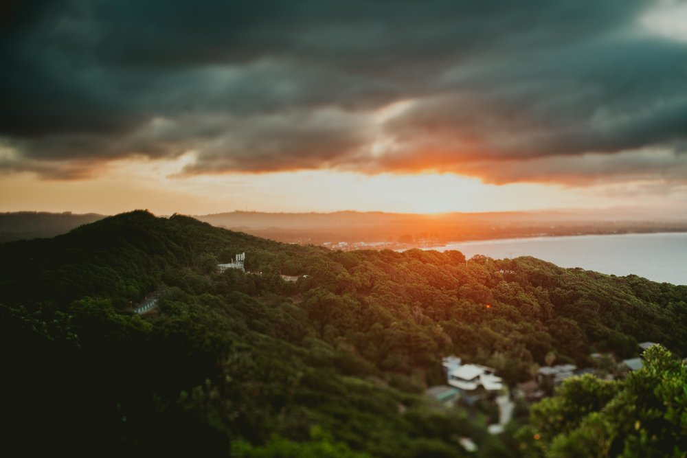byron-bay-lighthouse-sunset-bonjourcoley