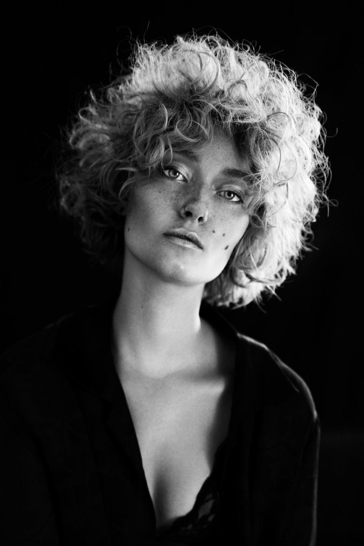 georgia quinn model beauty portrait beauty fashion photography melbourne australia commercial_-13.jpg