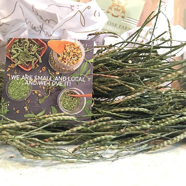 As the farm is slowly entering its wintery ❄️season under a soft blanket of snow, our Herbal Atelier is finishing a couple of holiday baskets with the last herbal blends 🌿 of 2017- grab them quick @sackettsquare before they are gone! Only 6 left... #gratitude #humble #holidayjoy #herbalteas #holidaybaskets #loneoakfarmny #dutchesscounty #smallbiz #hudsonvalleyfarms