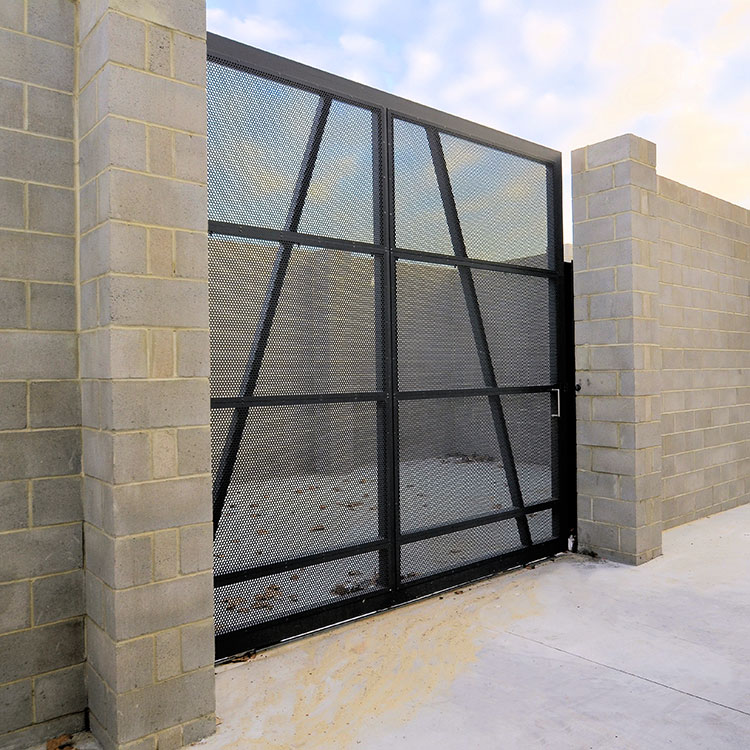 large-sliding--Gate-with-perforated-aluminium.jpg