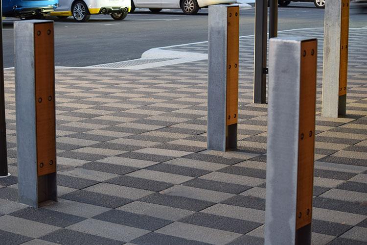 Steel-timber-bollard-.jpg