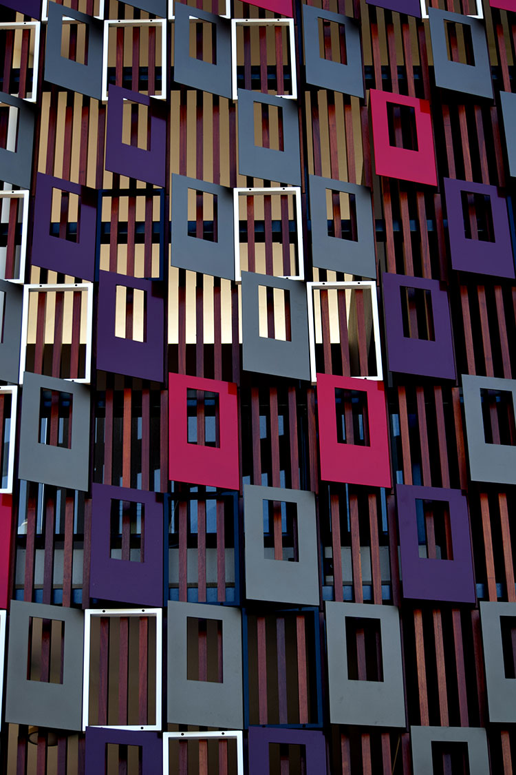 apartment-screens-timber-and-aluminium-2.jpg