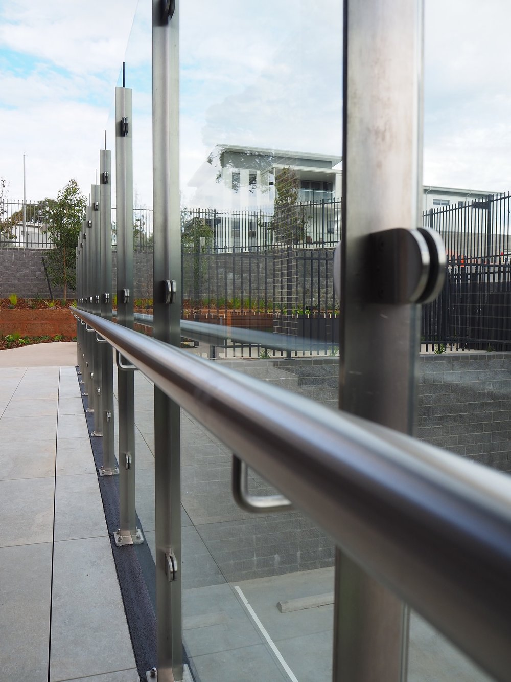 stainless and glass balustrade opal aged care carine 2.JPG