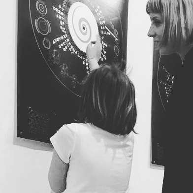 'Is this Major Tom?' At @wildmazzini #dataviz #123kid #123data #davidbowie  #oddityviz #valentinadefilippo #miriamquick #bowie #spaceoddity #space #astronaut #emoji #vinyl