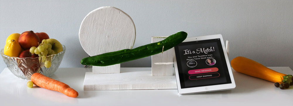 Rectangle-cucumber-Tinder-imagine-a-lady-swipe-for-love.jpg