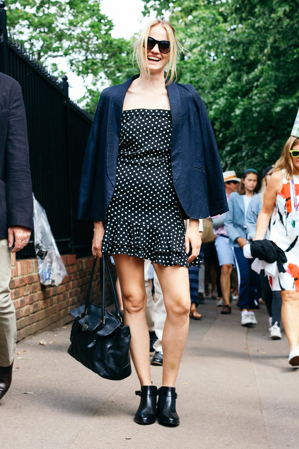 Street fashion stories_Imaginealady_polkadot_dress