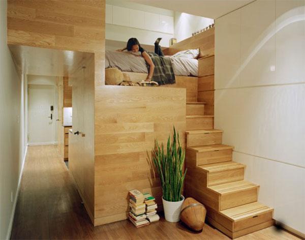 В Голямата Ябълка - East Village Studio Apartment e по проект наJPDA Architects и се простира върху площ от 46 квадратни метра. Плануван екато малко гнезденце за собствениците, които същевременно работяттук. Той разполага с всички удобства, които обединяваме в модерен дом, а в някои отношениядори и повече.