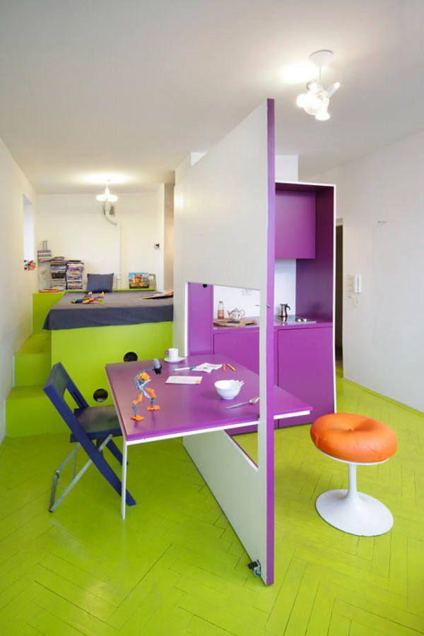 Място за игра - Разположен в центъра на Варшава, Полша, този творчески и колоритен апартамент с името