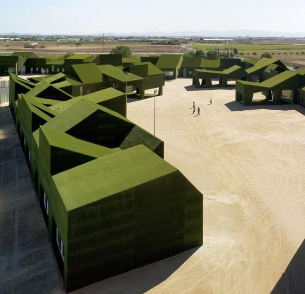 Начално и основно държавно училище, проект на Estudio Huma, Ролдан 2009, Испания