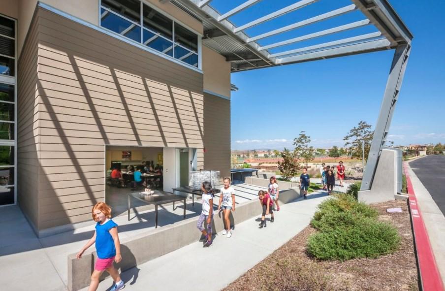 Началното училище Solana Ranch, проект на HED, 2015 г. (Сан Диего, Калифорния)