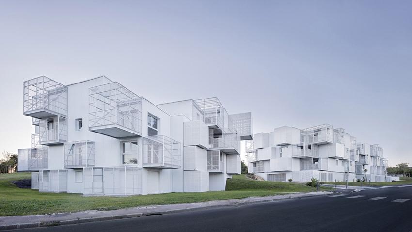Жилищни резиденции  La Garenne - Saintes ; архитекти -POGGI Architecture mandataire & MORE Architecture associés;  Фото:Javier Sevillas Callejas