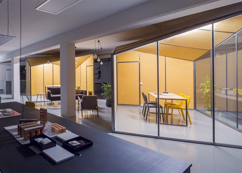 Офис интериор Барселона 3.jpg