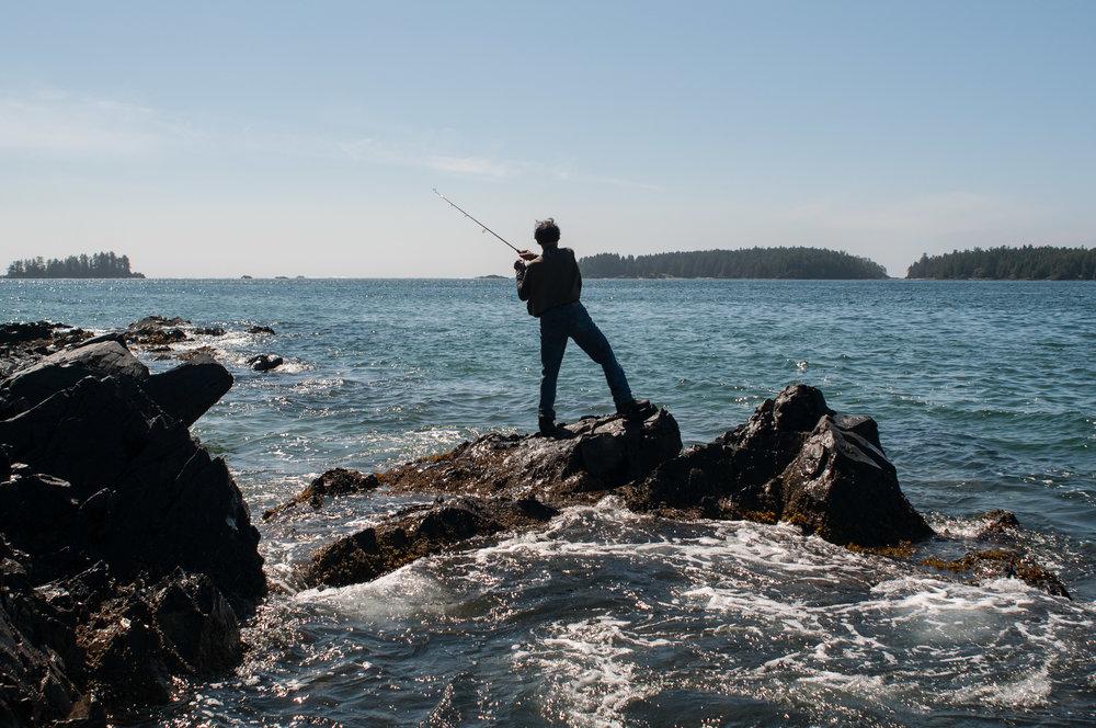 tofino-tonquin-fishing.jpg