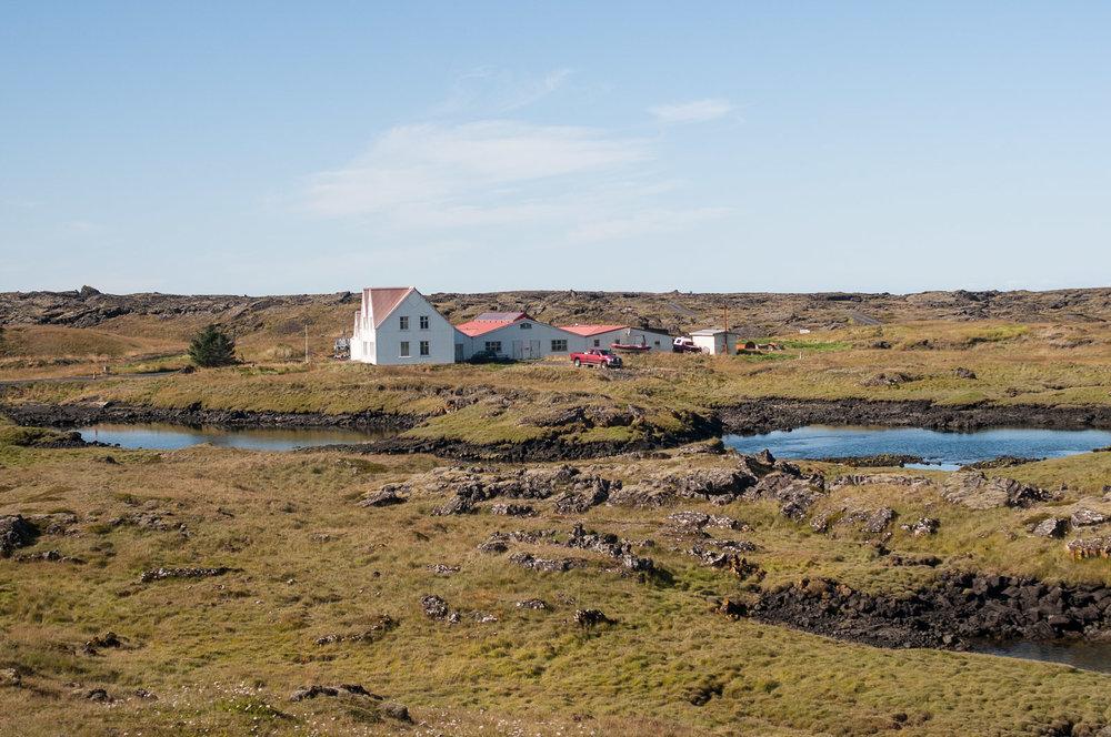 iceland-house.jpg