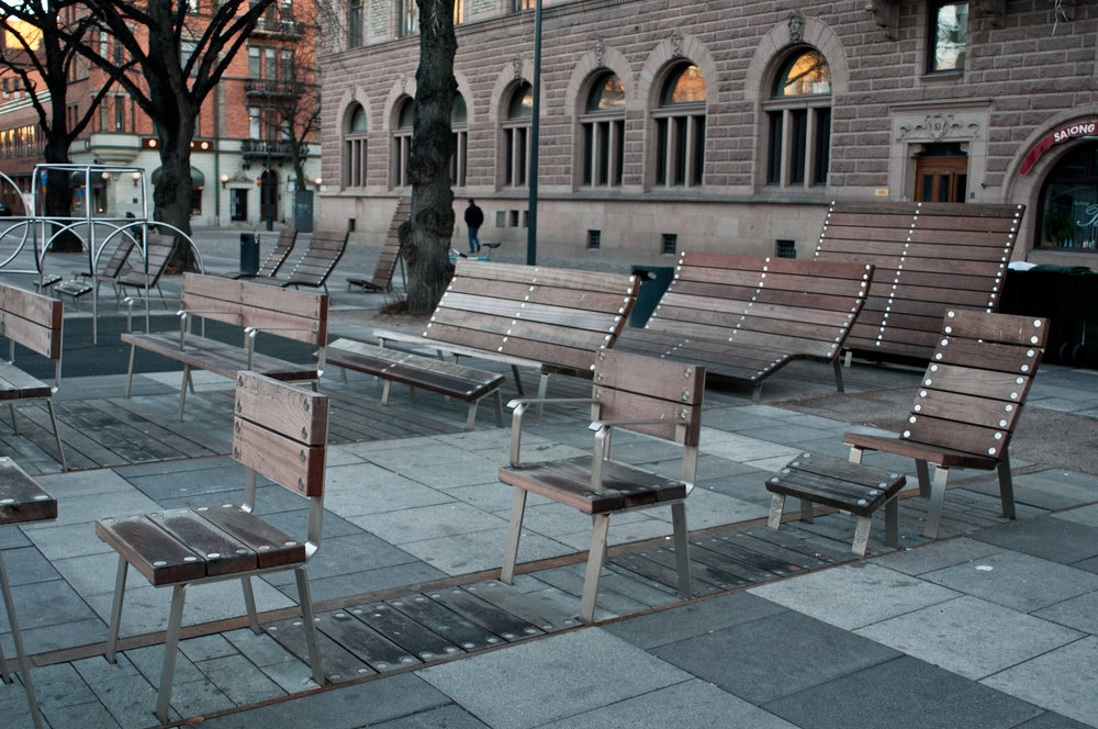 A great feature of many Swedish squares - sunning chairs