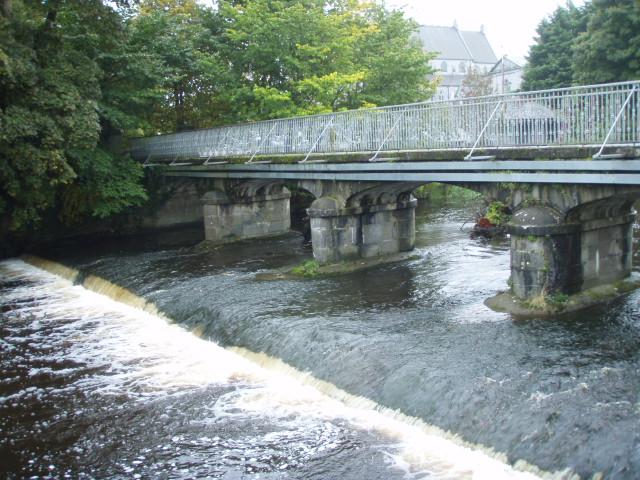 metal bridge.JPG