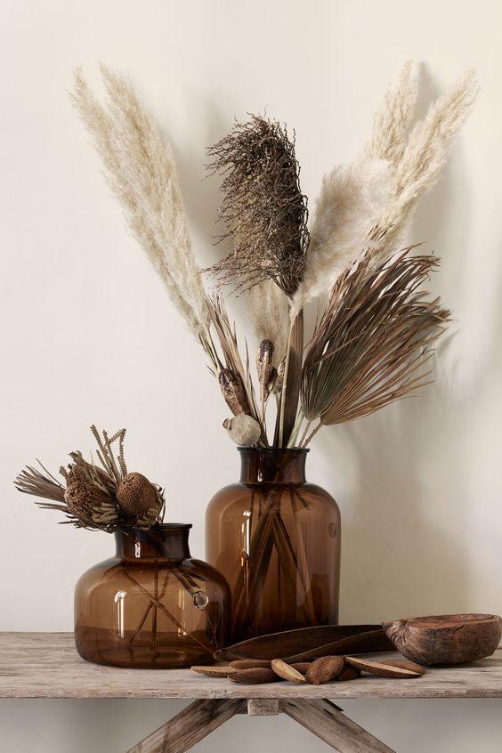 H&M dried floral arrangement