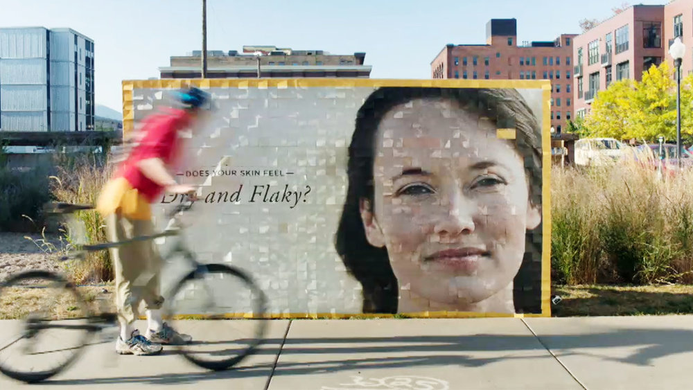 BURT'S BEES – BEFORE & AFTER BILLBOARD