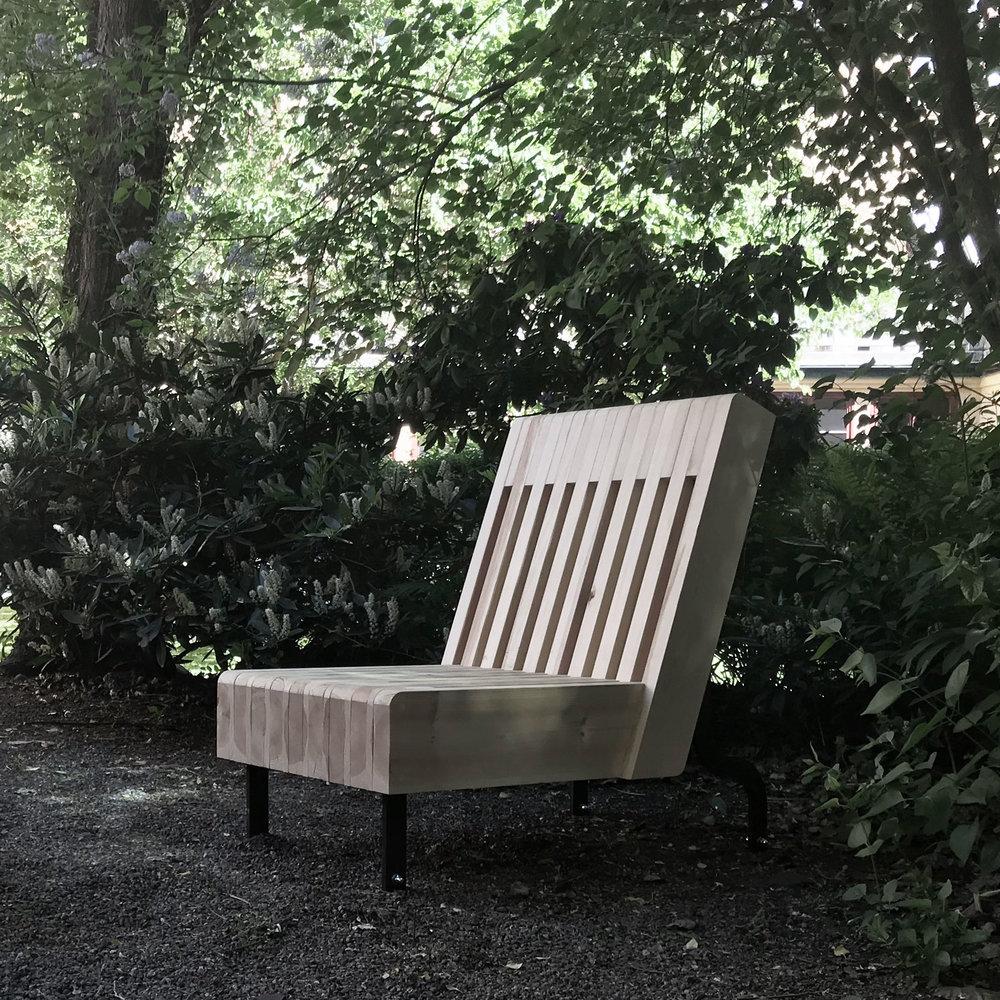 Hertig Johans Möbler  -En möbelfamilj till torget i Skövde.