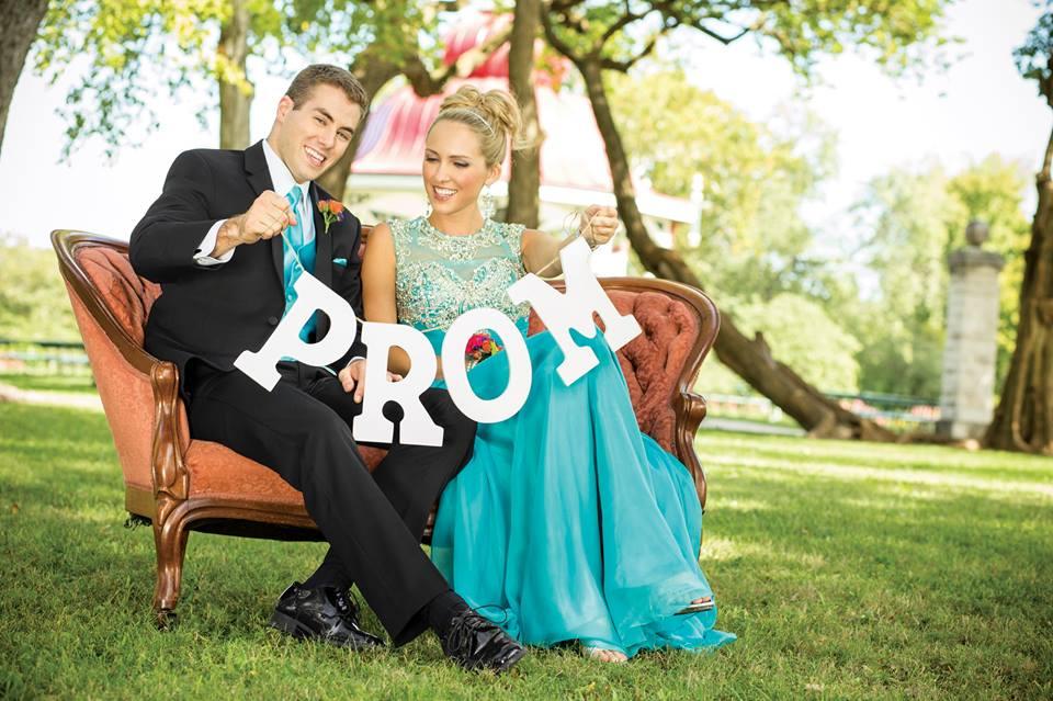 Roberts-Tux-Shop-Prom-2015-2.jpg
