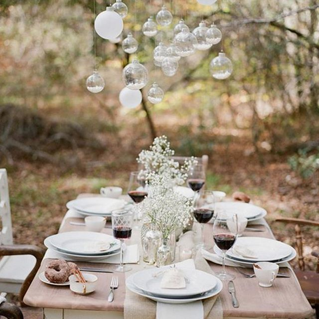 September is probably the last month you can have an outdoor wedding this year! Here's some lovely Autumnal styling inspiration #weddingdecor