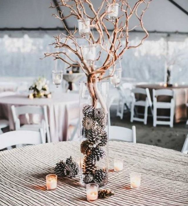 Gorgeous Winter centre table decoration #weddingstyling