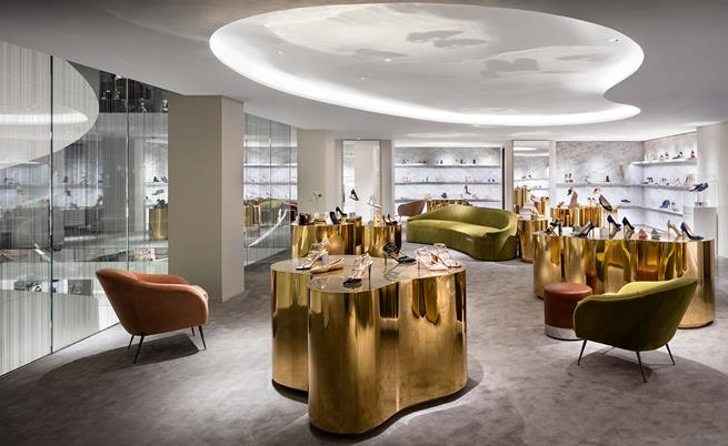 Barneys-New-York-Opens-Luxury-Store-Downtown-Manhattan-Magazine-News-retail-design.jpg
