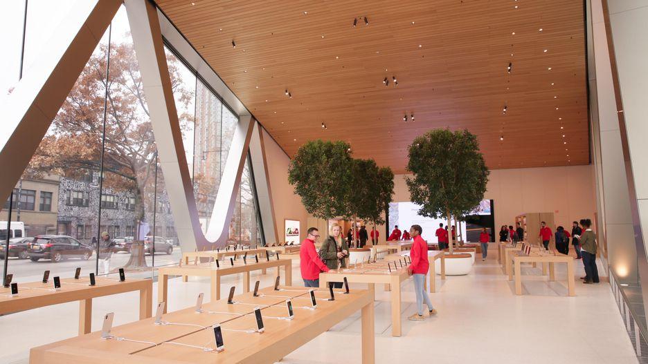 Apple Brooklyn 3.jpg