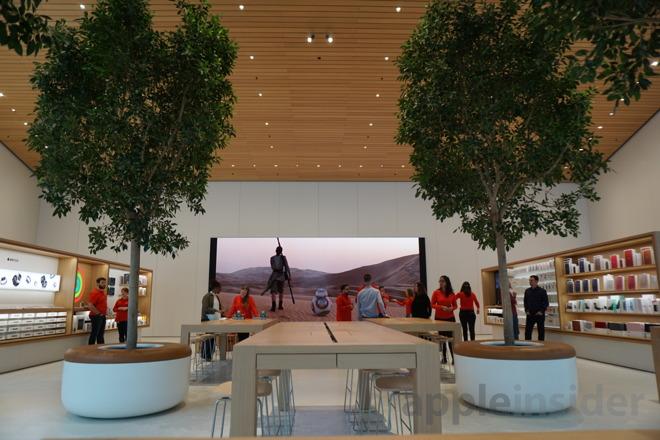 Apple Brooklyn 4.jpg