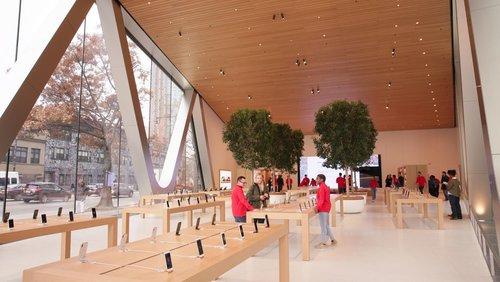 Apple+Brooklyn+3.jpg