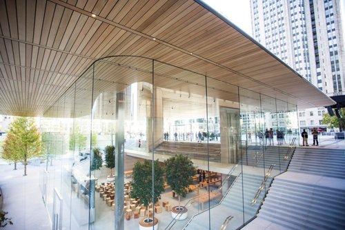Apple+Michigan+Ave+3.jpg