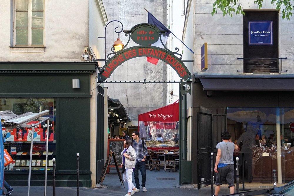 Marché_des_Enfants-Rouges,_Paris_May_2016.jpg