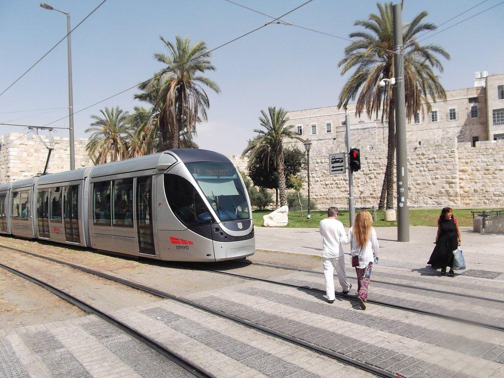 metro israel.jpg