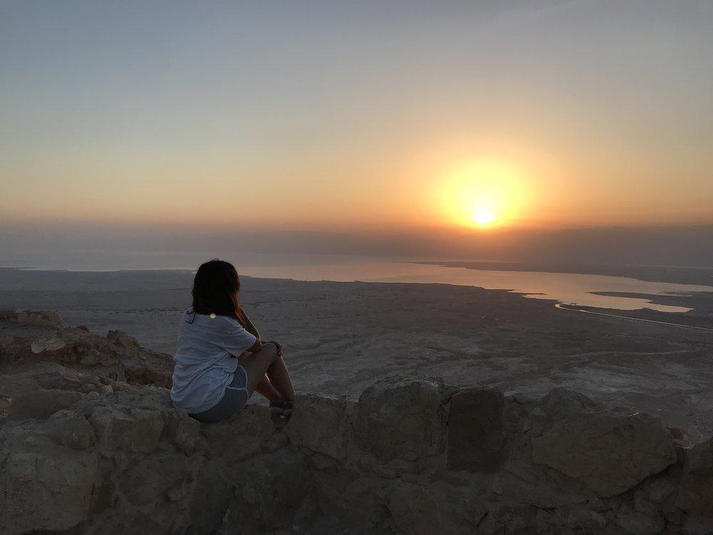 Y bien, ¿Madrugamos? - Visitar la fortaleza de Masada es adentrarse en la historia del pueblo judío con el Mar Muerto como telón de fondo incomparable