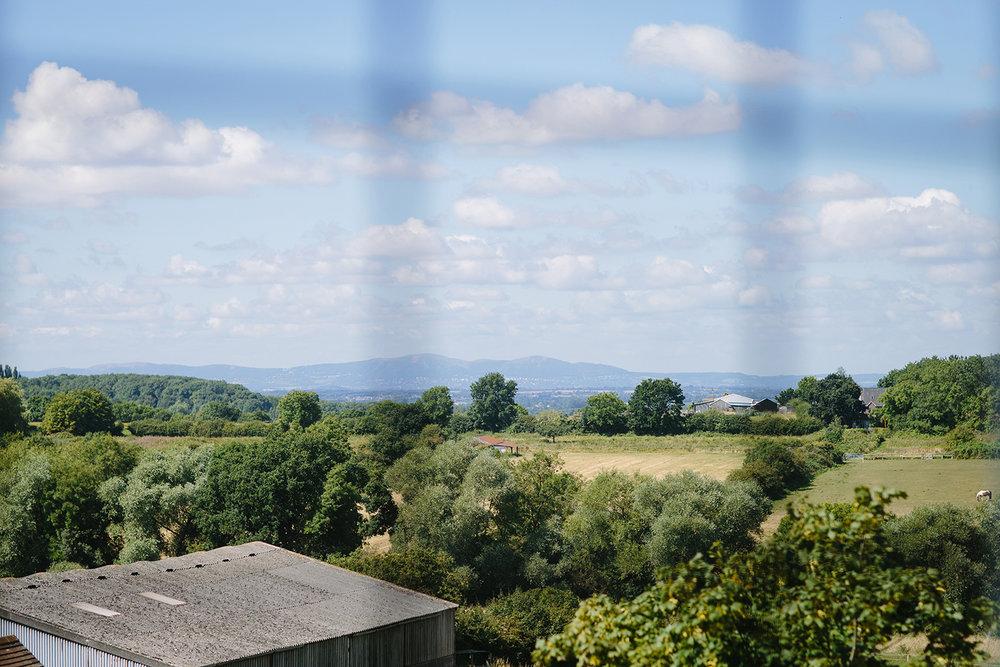 Wedding Photographer Worcester Springhill Barn 004.jpg