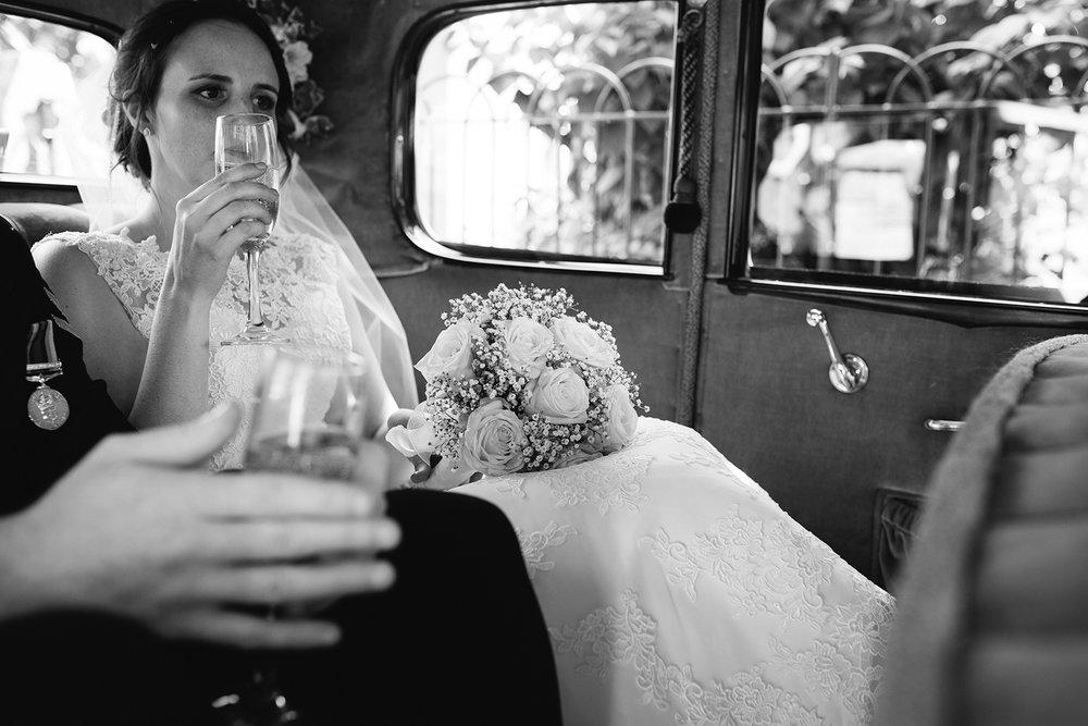 Wedding Photographer Worcester Springhill Barn 036.jpg