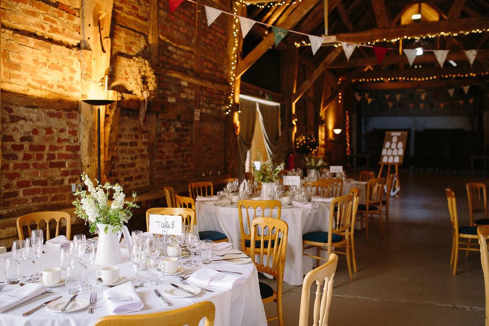 Wedding Photographer Worcester Springhill Barn 051.jpg
