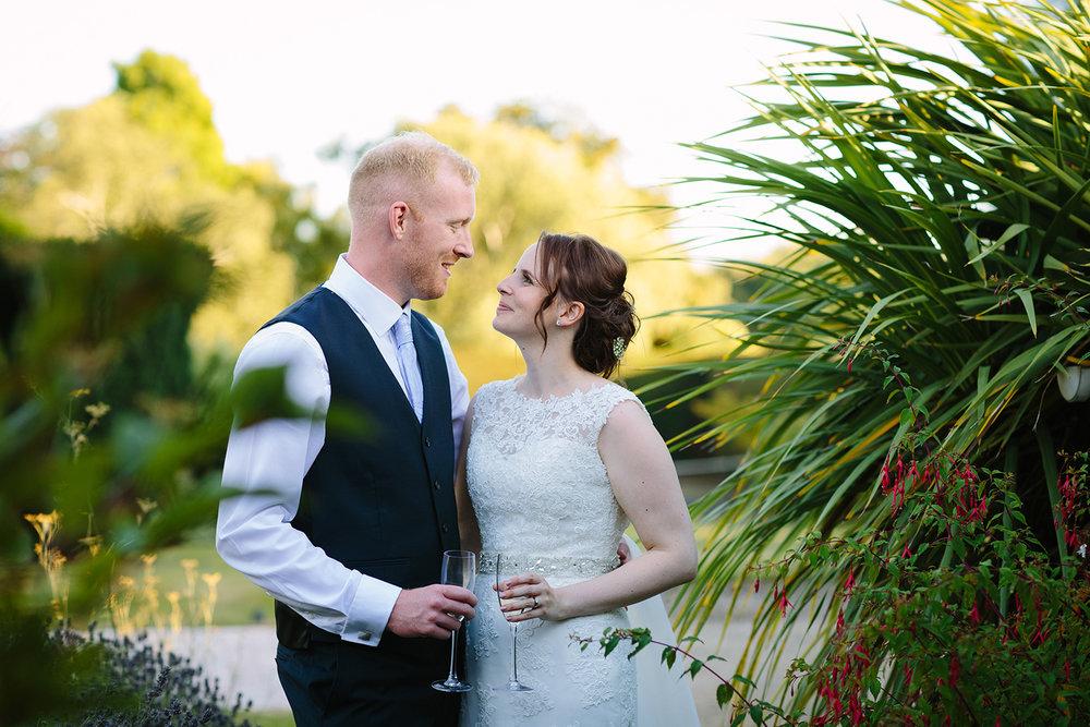 Wedding Photographer Worcester Springhill Barn 071.jpg