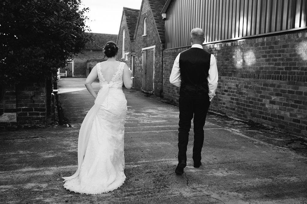 Wedding Photographer Worcester Springhill Barn 078.jpg