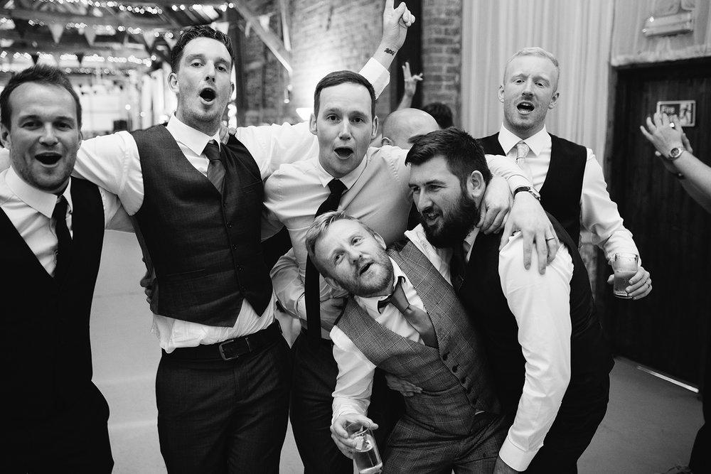 Wedding Photographer Worcester Springhill Barn 095.jpg