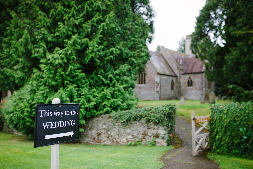 worcester-wedding-photographer-birtsmorton-court (19).jpg