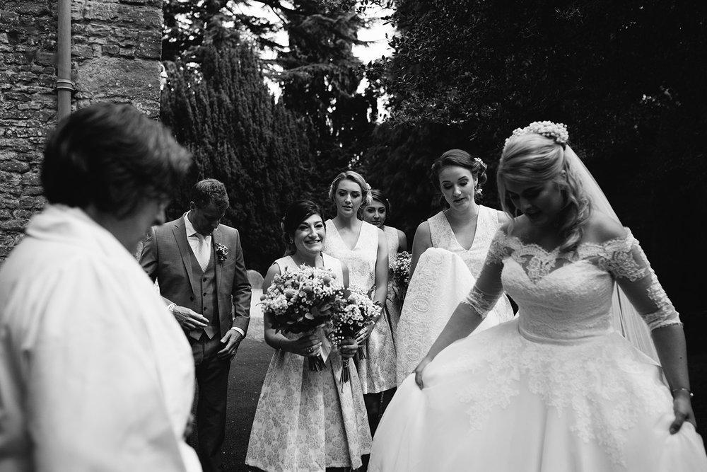 worcester-wedding-photographer-birtsmorton-court (21).jpg